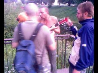 Беспредел на стене В.Цоя (Смоленск 15.08.2011)